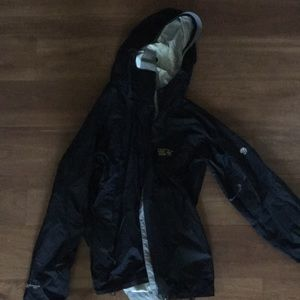 Mountain hardware rain coat